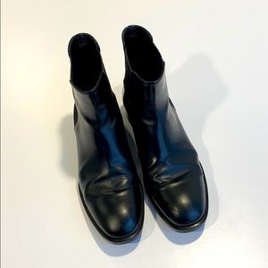 Tods Black leather ankle boots 38.5